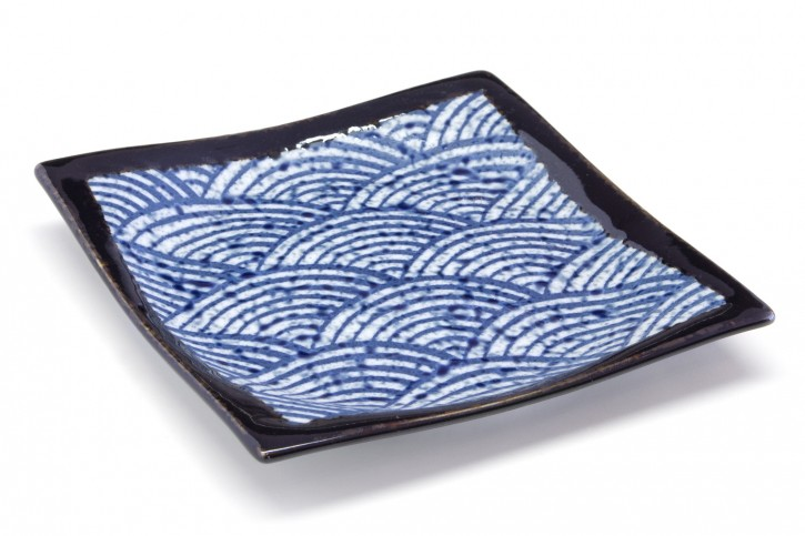 Japanischer Teller Wellenmotiv quadratisch