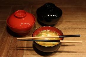 Suppenschale mit Deckel, schwarz