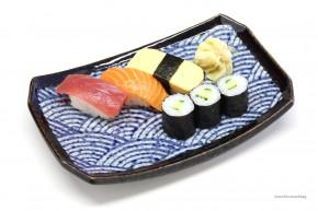 Japanischer Sushi-Teller Wellenmotiv