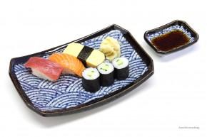 Sushi-Teller-Set Wellenmotiv